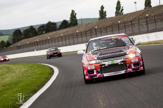 Quelques tours du Circuit GP de Magny-Cours :)