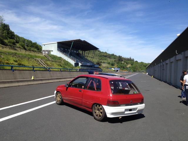 premiers essais chrono Circuit de Charrade
